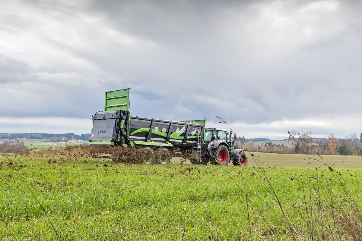 Fliegl Agrartechniek lanceert de eerste Fliegl schotelstrooiers