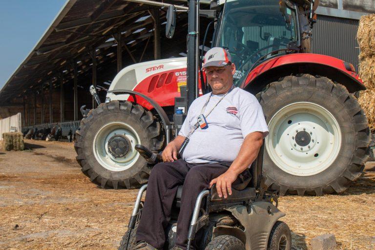 Boeren met een beperking: Het verhaal van Jean-Paul Dawance en zijn aangepaste Steyr